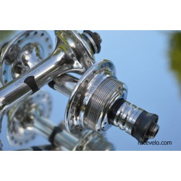 Campagnolo Nuovo Record hubs low flange english threaded